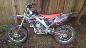 Honda CRF 250R 2006. Good working condition. 3000$ OBO