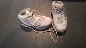 Souliers de basketball Nike