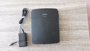 Linksys E1200 Wireless Router- Great condition, fully functiona
