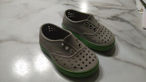 Native Shoes (Toddler 5)