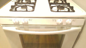 Gas stove for sale! Works just like new! Peterborough Peterborough Area image 3