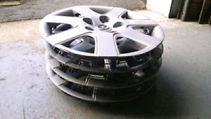 Mazda 3 OEM Enjoliveur 15 pouces