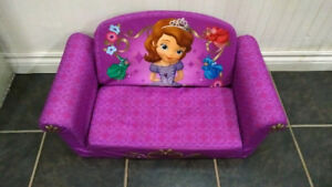 Disney Sofia the First Flip Out Sofa