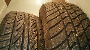 Lot de 12 pneus d'hiver / été