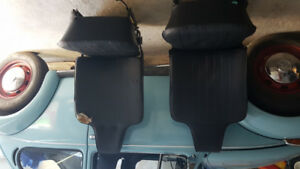 1973 VW BEETLE Driver and Passenger seats