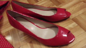 Superbes chaussures rouge Franco Sarto 8.5