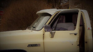 Sun Visor - Square Body 73-87 Chevy GMC Truck C/K Suburban Jimmy