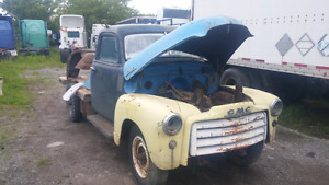 SOLID WESTERN 1950 GMC 3/4 TON FLATBED