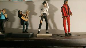 4 figurine de musique Bon jovi Micheal Jackson