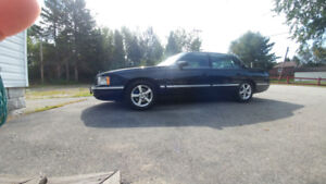 99 Caddy LIKE NEW..trade or sell