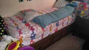 FREE! Twin bed with 3 drawers