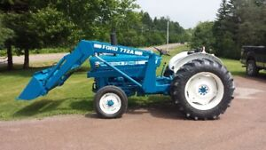 Ford 3600 - 3-cyl Diesel with Loader & Blower