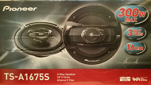 Pioneer TS-A1675S Car Speakers