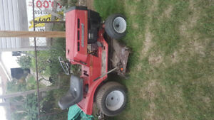 Ride on mower / yard tractor $400