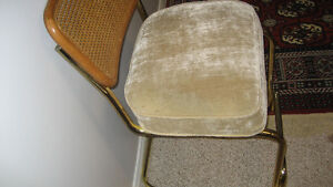 Cushioned chair London Ontario image 3