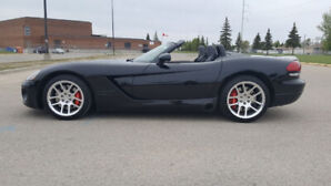 2004 VIPER SRT-10 CONVERTIBLE, LOW KM