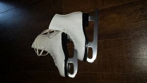$40 OBO Girls Figure Skates Size 12