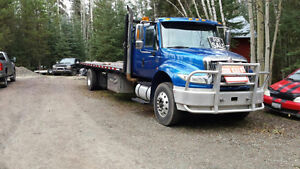 2007 international 4400 24ft flat deck $35000 plus gst firm