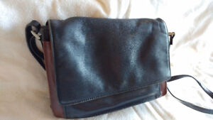 Leather Purses & Wallets