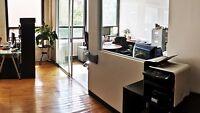 Espace de bureau en aire ouverte, meublé, 219$/mois tout inclus