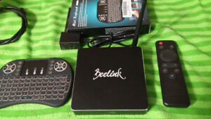 BEELINK R68II ANDROID TV BOX AND BRAND NEW DOLAMEE BACKLIGHT MIN