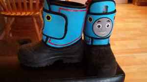 Size 8T winter boots
