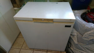 Deep medium size Freezer