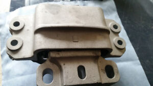 Transmission  Mount 2006 TDI