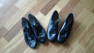 Pair of Bloch jazz shoes Size 5.5 & Capezio Tap Shoes Size 5