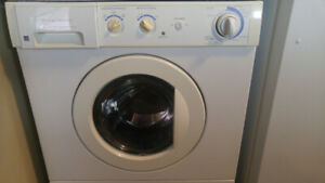 clothes washer - front load; small