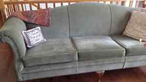 St.annes couch  re done.  Mint Condition..