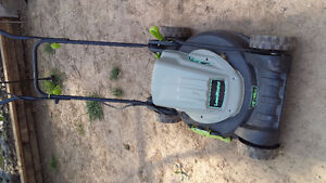 ELECTRIC LAWNMOWER, FOR PARTS, OR FIX IT