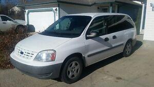 2006 Ford Freestar cargo van Minivan, Van