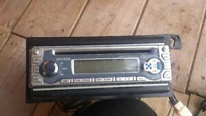 CD sterio for car for sale works very well London Ontario image 3