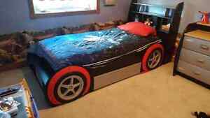 Hot wheels bed and dresser