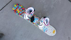 Girls 118 Roxy Snowboard package