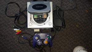 GameCube With Gameboy Player & Gameboy Advance Bundle 42 Games