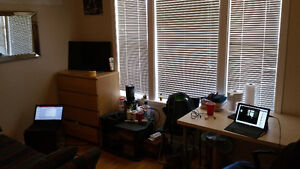 SPRING SUBLET NEAR UPTOWN/UW - 3 rooms available