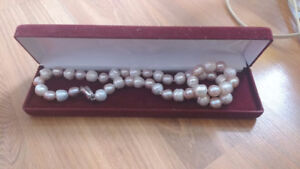 Real Pearl Necklace w/ Case