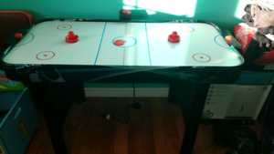 Air Hockey Table (4') with Electronic Score Clock