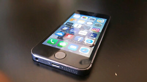 iPhone 5S, 16 Gigs, Rogers