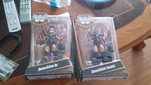 Demolittion toys from wrestling