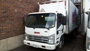 2009 GMC 5500 with 18ft box & liftgate!