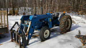 1998 3930 Ford Diesel Tractor