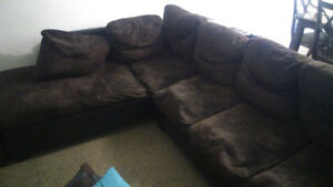 Sectional Settee