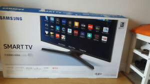 """40"""" TV for sale"""