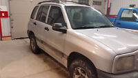 ***2001 Chevrolet Tracker ~ 4X4 ~ AS IS ~ Chevy Tracker***