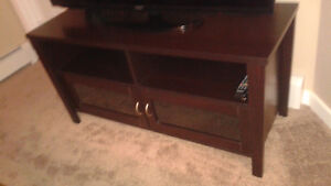 LIKE BRAND NEW- HIGH QUALITY TV STAND!