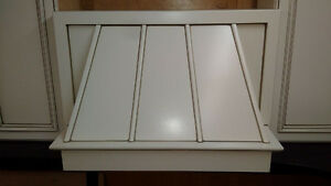 "36"" Maple hood fan with stainless liner (side cabinets sold) Edmonton Edmonton Area image 4"