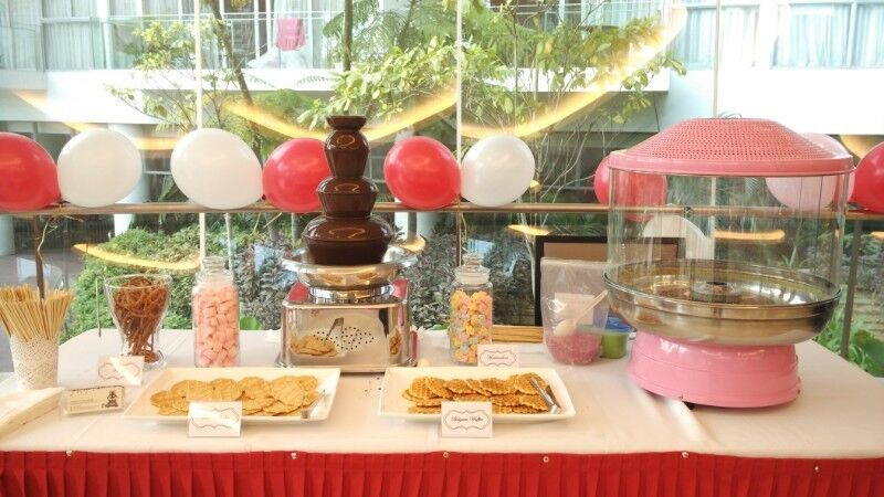 """[Rent] 23"""" 4-Tier Jumbo Commercial Chocolate Fountain"""